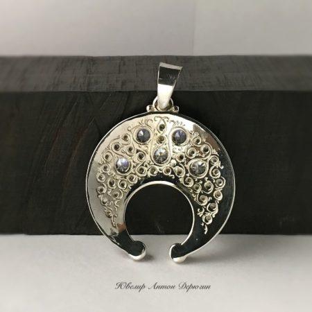 Оберег Лунница с камнями